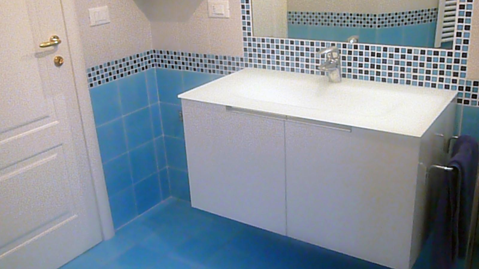 Bagno mosaico azzurro